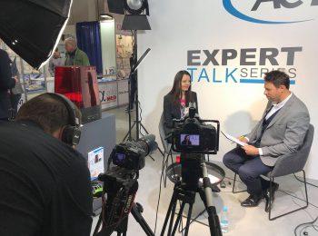 O laserach w Expert Talk Series